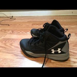 Underarmer shoes